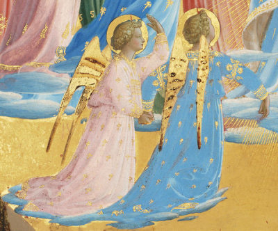Fra Angelico - The Dormition and Assumption of the Virgin (detail: angels kneeling to the left of the Virgin), 1424-1434